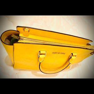 Michael Kors Bags - Michael Kors Selma tote bag yellow